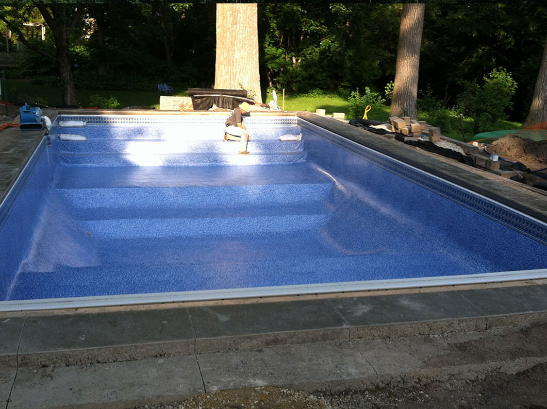 Pool liner replacement minneapolis st paul mn sundays for Pool liner installation